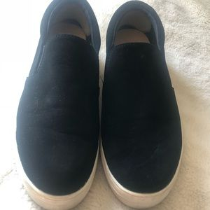 Slip on sneakers by Trash very good condition W9.5